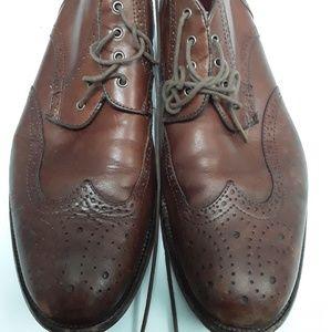 Men's Johnston & Murphy Brogue  boots size 8.5